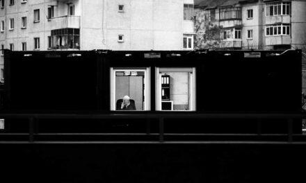 Julien Oncete. Fotograful dramei cotidiene ȋn alb şi negru