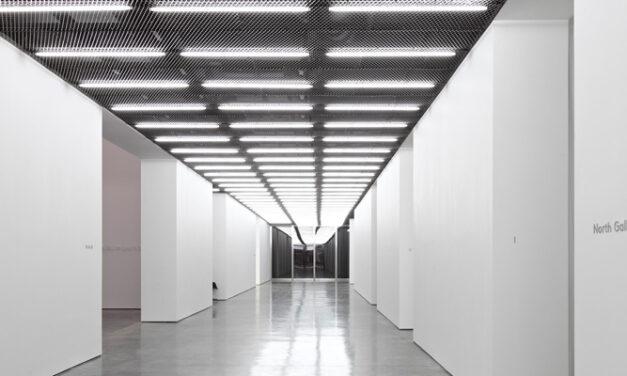 """Conceptul """"White Cube"""" de canonizare al artei contemporane."""